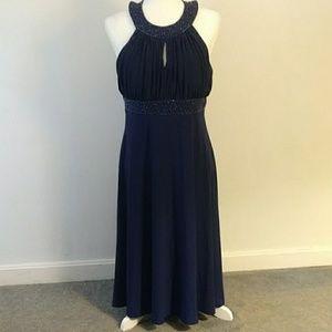 🍃 JESSICA HOWARD Evenings Dress